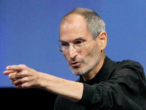 Steve Jobs Allegedly Sobbed Following Negative Antennagate Attention