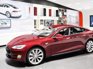 Tesla's Musk Opens Up Tesla Patents to All Automakers