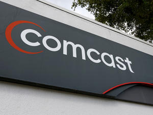 Comcast Says TWC Merger Petitioners Are Extortionists