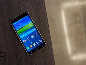 Samsung's Sold 40% Fewer Galaxy S5 Units Than Expected