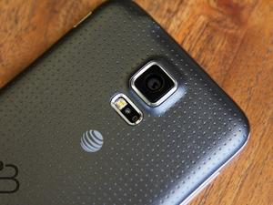 Galaxy S5 Mini Spotted on Samsung's Website