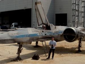 Star Wars Episode VII Set Video Shows Off Beat Up X-Wing