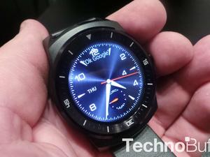 G Watch R Hands-On: The Best Round Android Wear Smartwatch?