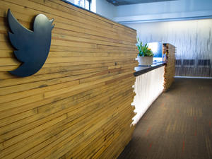 Twitter loses four key execs in major exodus