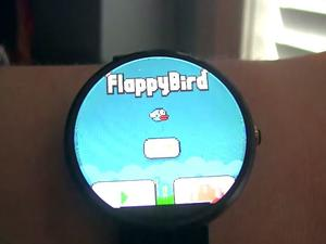 Flappy Bird is Even More Difficult on Android Wear