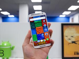 Moto X (2nd Gen) handsets on AT&T and Verizon won't get Marshmallow