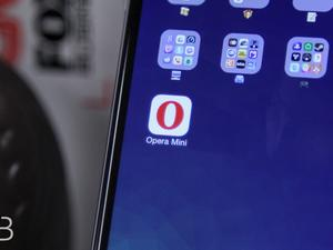 Opera Mini Hands-On - A Small, But Powerful Browser