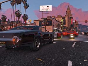 This insane GTA V car crash piles up for 5 explosive minutes