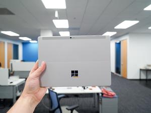Microsoft Surface 3 unboxing: Your new favorite hybrid?