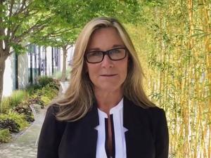 Apple's Angela Ahrendts to provide 'Back to School' promotion details this week