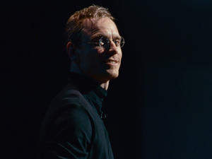 Steve Jobs teaser trailer gives us a first look at Danny Boyle's movie