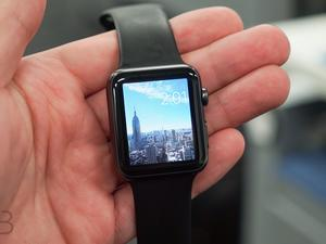 New Apple Watch faces and complications in the works, job listing suggests