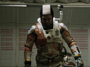 Ridley Scott's 'The Martian' gets a harrowing first trailer