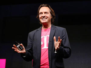 T-Mobile CEO apologizes after losing his cool