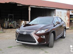 2016 Lexus RX 350/450h — Looks great, drives even better