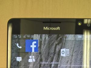 Microsoft's new Lumia 950 and 950 XL to have iris scanners, rumor claims