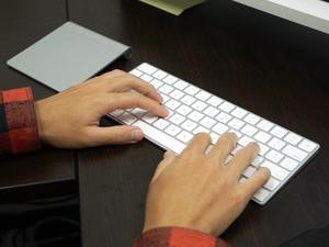 Unboxing and hands on with Apple's new keyboard, trackpad and mouse