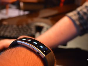 Microsoft Band 2 hands-on: A little redesign goes a long way