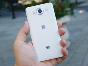 Microsoft said to be planning its own SIM card for Windows 10 phones