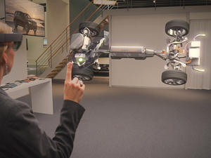 HoloLens hands-on: 3 amazing demos left me wanting even more