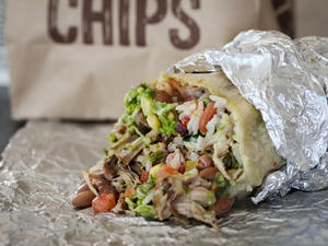 Dude gets hundreds of texts from people trying to claim free Chipotle burrito