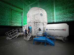NASA to lock 4 people in a capsule for 30 days to study isolation