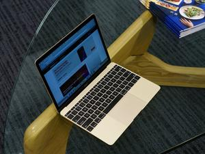 MacBook with 4G LTE moves closer to reality