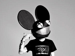 Kanye and deadmau5 are fighting because Kanye got caught on The Pirate Bay