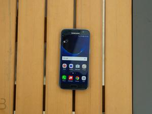 Samsung Galaxy S7 and S7 edge pre-orders arriving in the U.K.