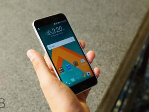 HTC 10, HTC One A9, HTC One M9 discounted for Valentine's Day
