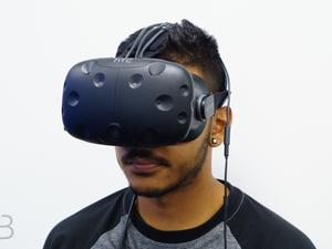 Awesome Android app lets you stream HTC Vive games on your phone