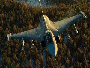 Stunning fighter jet video clip shows amazing new gyro technology