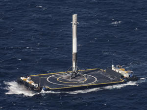 SpaceX to launch rocket tomorrow following last year's explosion