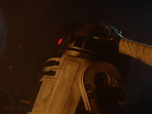 Star Wars: The Force Awakens made an important change to its ending at the last minute