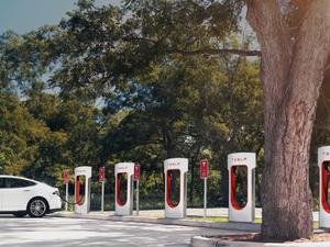 Apple Car to revolutionize electric charging