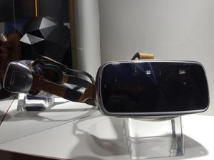 ASUS AR and VR headsets coming early next year