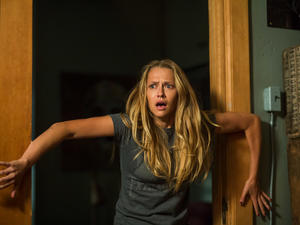 Check out 23 creepy stills from horror flick Lights Out