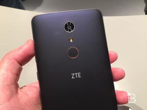 ZTE ZMAX Pro hands-on: $99 for a whole lot of smartphone!