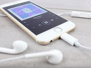 iPhone 7 Lightning EarPods leak out in detailed new video