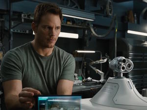 Passengers interview: Writer Jon Spaihts talks about the ending, aliens, and modern cruise ships