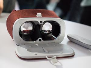 Google Daydream View will be released Nov. 10
