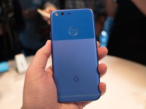 Google Pixel and Pixel XL top 5 features: Google Assistant, Daydream and more!