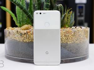 Google accidentally pushes 'internal only' update to some Pixel handsets