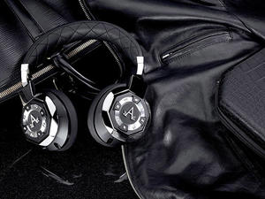 These noise-cancelling, CES-honored headphones are just $69.99 today