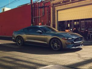 2018 Ford Mustang unveiled!