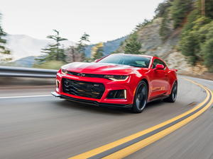 Chevy Camaro ZL1 hits 198mph top speed