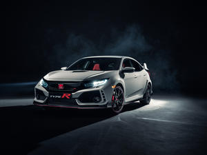 2017 Honda Civic Type R unveiled, coming to US this spring