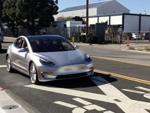 Model 3 prototype filmed driving down the road (video)
