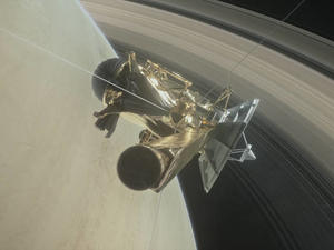 Watch live as NASA's Cassini spacecraft plunges into Saturn