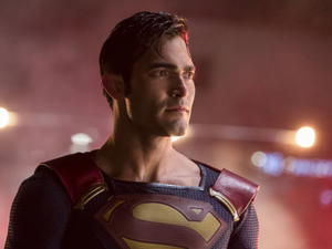 CW's 'Arrowverse' Crossover Grows to Feature Superman AND Lois Lane